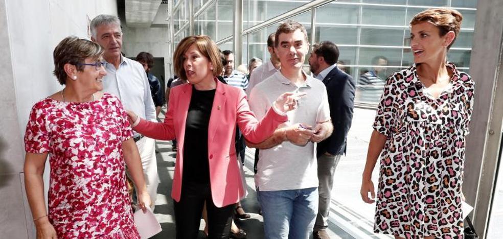 La socialista Chivite enfila su investidura en Navarra pendiente de la abstención de EH Bildu