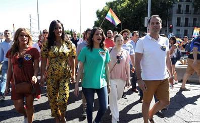 Ciudadanos responsabiliza a Marlaska del acoso a su comitiva en el desfile del Orgullo Gay