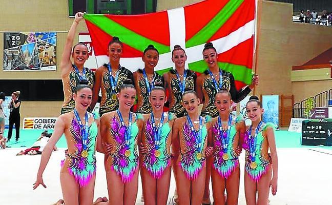 Tolosa finaliza la temporada con unas gimnastas de oro sobre el tapiz