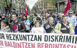 La amenaza de una huelga indefinida al inicio del curso rompe la unidad sindical en la concertada