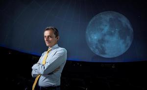 Pedro Duque: «La Luna es un destino al que todos hubiéramos querido ir»