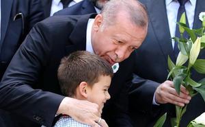 Erdogan intensifica la purga contra gulenistas en las fuerzas armadas