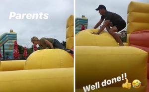Chris Hemsworth y Elsa Pataky disfrutan como niños en Bidart