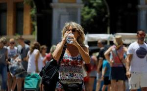 El calor pone este viernes en alerta naranja y amarilla a 32 provincias