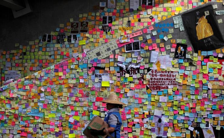 Los 'muros de Lennon' en Hong Kong