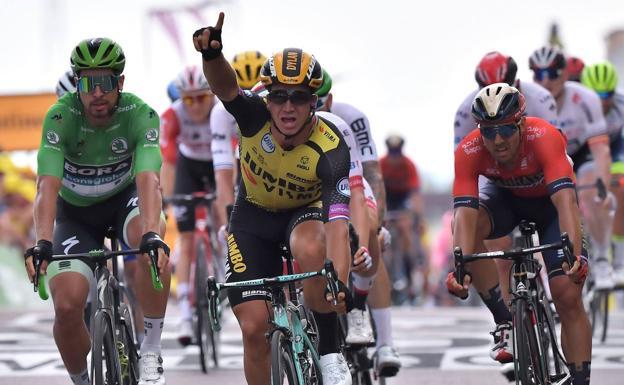 Dylan Groenewegen celebra la victoria. /Afp