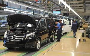 Mercedes Vitoria parará dos sábados de julio por la «inestabilidad de los mercados»