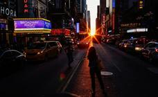 El 'Manhattanhenge' ilumina Nueva York