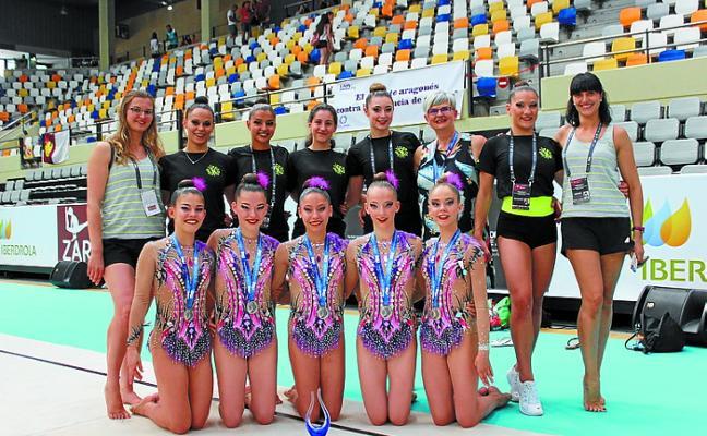 El equipo júnior de gimnasia rítmica logra la plata en Zaragoza