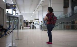 Condenan a Aena por permitir el acoso a un operario del aeropuerto de Hondarribia