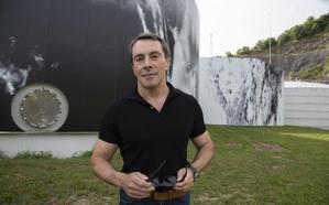 Una intervención artística convierte en un 'fresco' la depuradora de Loiola