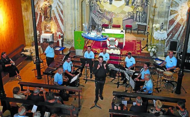 Música en honor a la virgen del Carmen