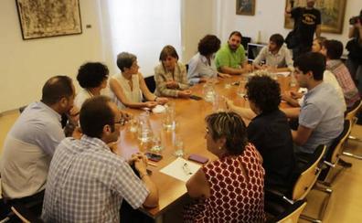 PSN, Geroa Bai, Podemos e I-E se reúnen sin María Chivite