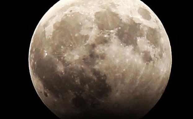 ¿Se podrá ver el eclipse esta noche en Euskadi?