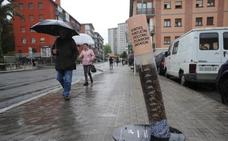 Altza lucha contra las colillas tiradas en vía urbana