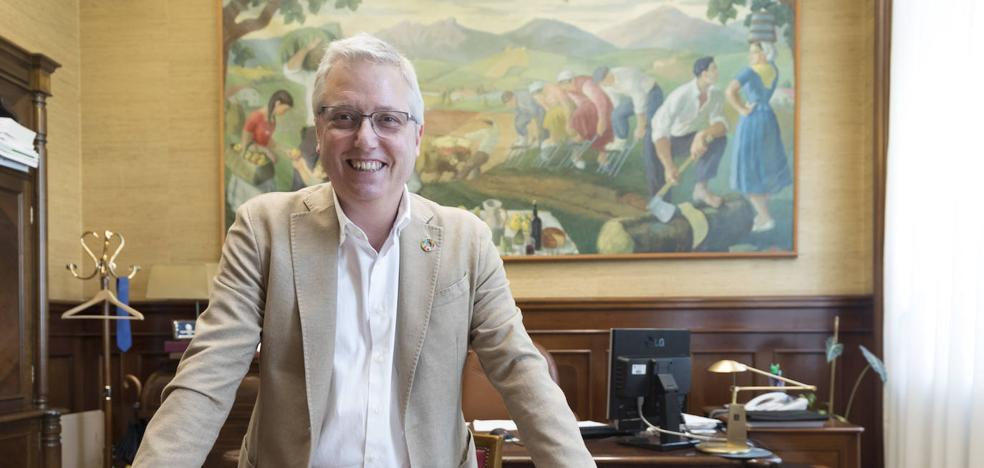 José Ignacio Asensio: «Solucionada la crisis de los residuos, debemos acabar con el enfrentamiento político»