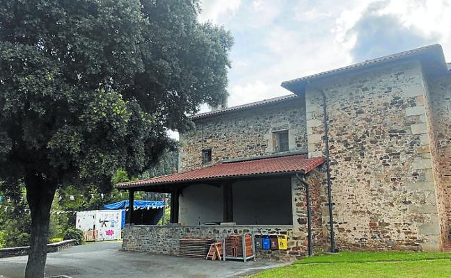 Las 'madalenas' de Santxolopeztegi mantienen el pulso festivo hasta el domingo