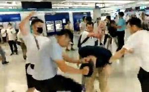 Al menos 36 heridos en un ataque de simpatizantes de China contra manifestantes de Hong Kong