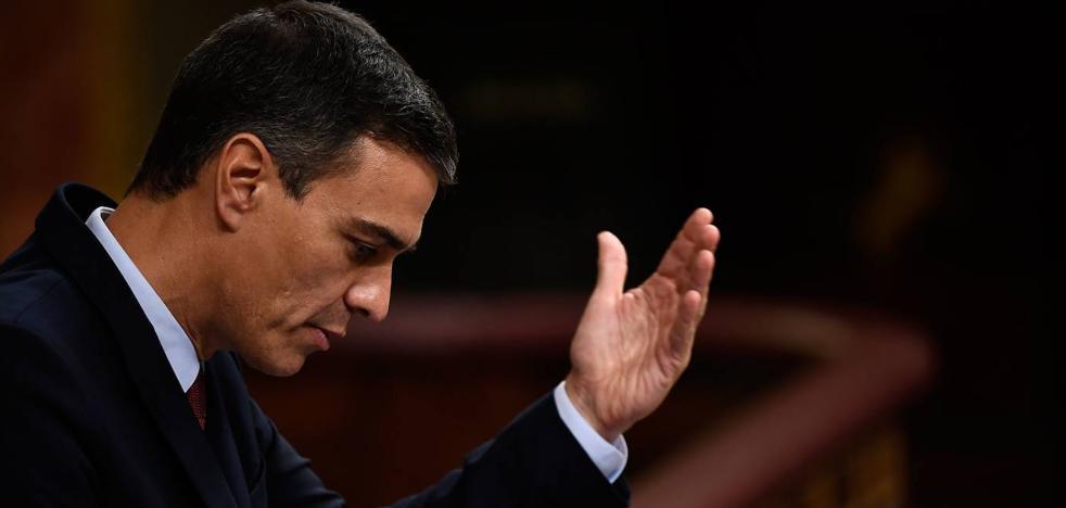 Sánchez evita los guiños a Podemos y soslaya la cuestión de Cataluña