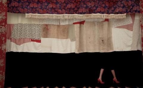 'Lindalocaviejabruja', una obra para abordar la dificultad de ser mujer