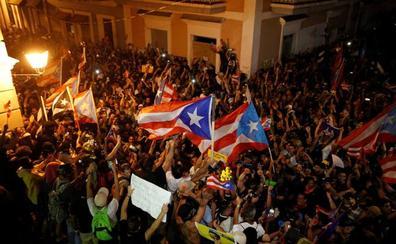 Las protestas populares fuerzan el cambio de gobierno en Puerto Rico