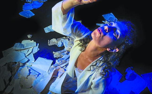 Residui Teatro reflexiona sobre la búsqueda de la felicidad hoy en Santa Ana