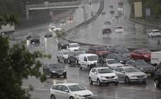 Las intensas precipitaciones complican la circulación en las carreteras de Gipuzkoa