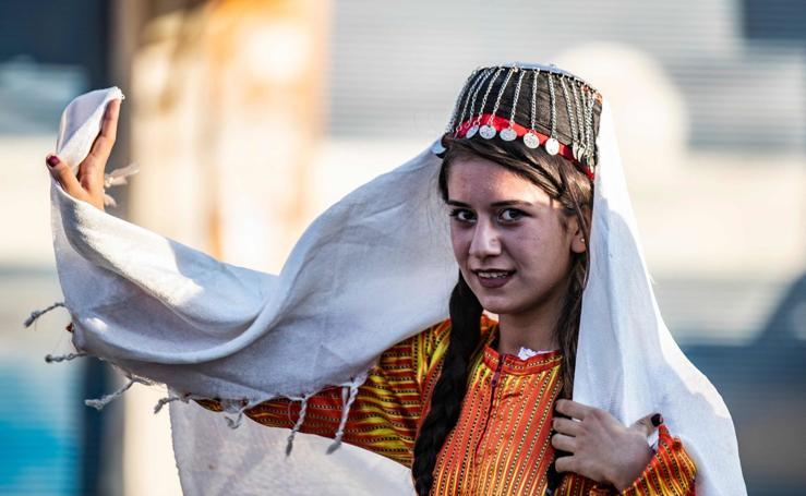 Folclore en tiempos de guerra