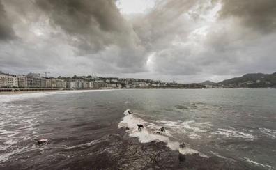 Activado el aviso amarillo por olas de 3 metros de altura en la costa