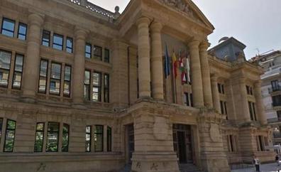 Condenado a un año por robar objetos litúrgicos de una casa parroquial de Tolosa