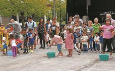 Etxeberrieta celebra su fiesta con cross, degustación de sidras, sardinada y música