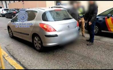 Detenidas tres donostiarras por robar la recaudación de máquinas de lavanderías en Pamplona