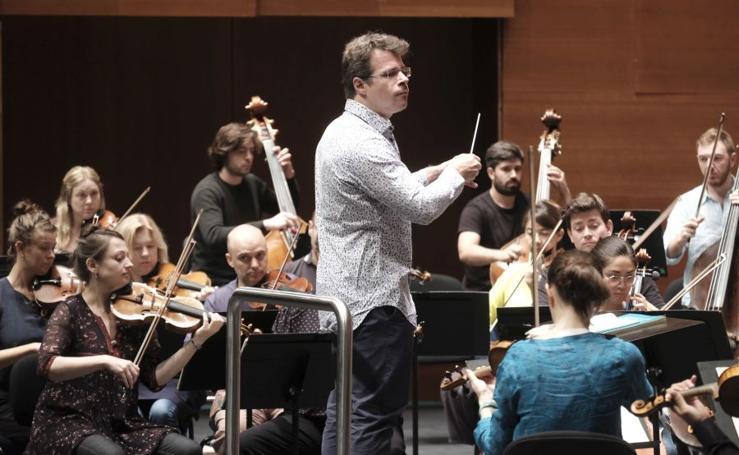Ensayo de Jakub Hrusa con la Mahler Oschestra