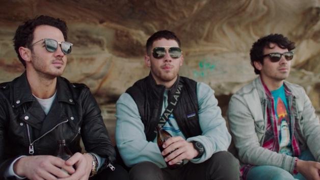 'Jonas Brothers: Chasing Happiness': eran mucho más que unos anillos de castidad