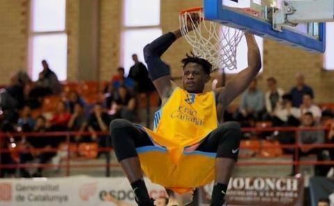 Oficial: Biram Faye nuevo jugador del Gipuzkoa Basket