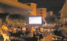 OzZinema proyecta esta noche 'Los Increíbles 2' en el barrio de Gabierrota