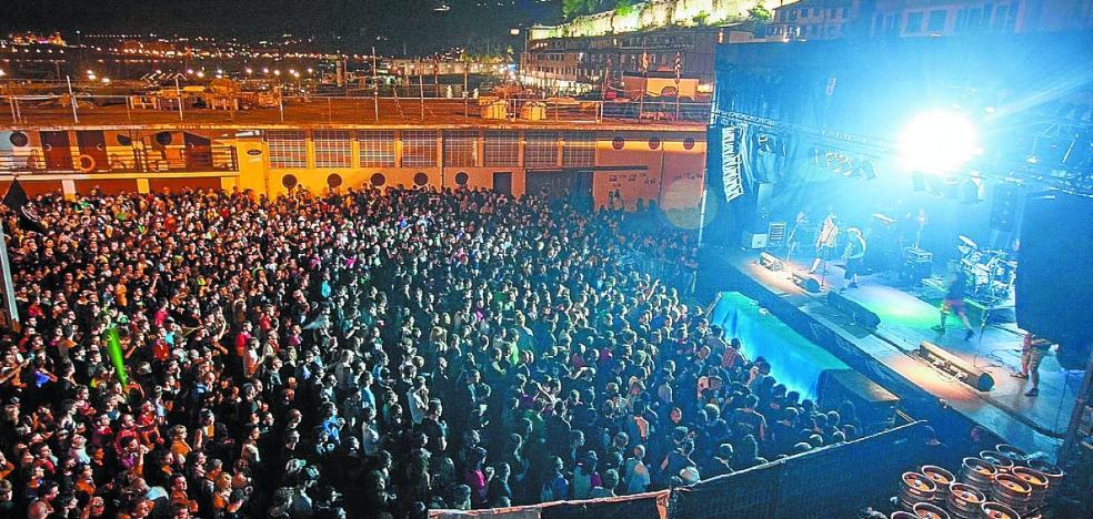 Decenas de vecinos denuncian el «ruido ensordecedor» de los conciertos del Muelle