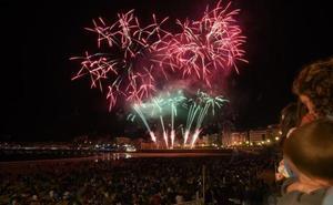 La pirotecnia Scarsella Fireworks derrocha originalidad en su debut en el concurso de fuegos