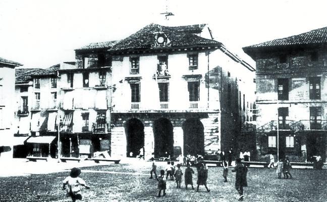 El edificio cubierto de la Plaza enfila ya el centenario de su inauguración