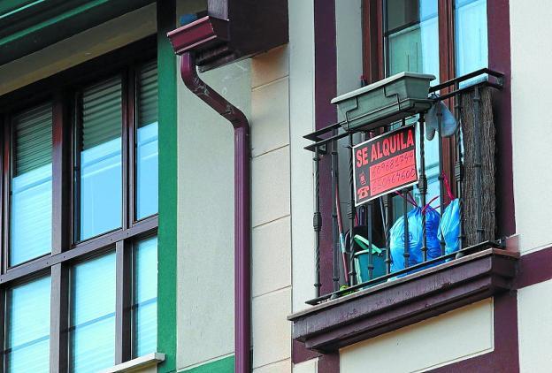 La revisión de las rentas de alquiler de vivienda encabeza la lista de consultas realizadas en Acubi./LUSA