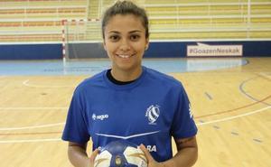 Adriana Cardoso: «Estoy feliz, contenta de estar otra vez aquí y haber vuelto con la medalla de los Panamericanos»
