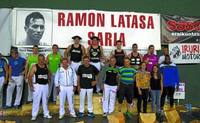 Mikel Larrañaga aizkolariak hirugarren egin du Ramon Latasa Aizkora Sarian