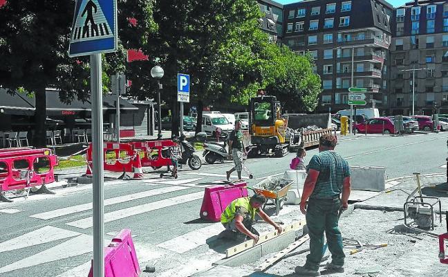 Las obras de la calle Alzukaitz rematan la campaña de mejora de la accesibilidad
