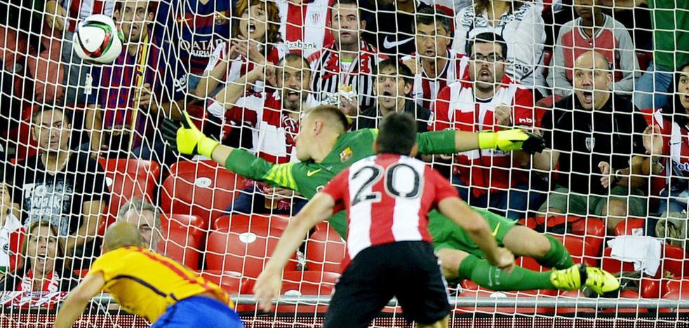 La gran noche de Aduriz, ante el Barça en San Mamés