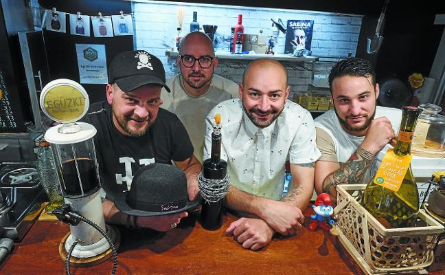 «¿Dónde abrir un bar en Donostia? Acaso entre La Espiga y el Antonio»