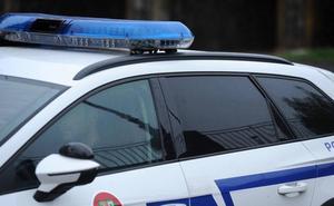 Detenido en Irun tras ser sorprendido vendiendo droga y tirar varias bolsas en su huida
