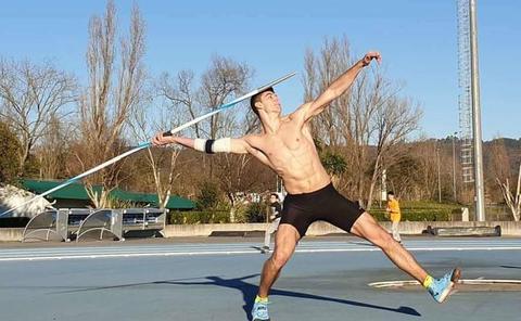 Odei Jainaga lanza 77,84 metros en León