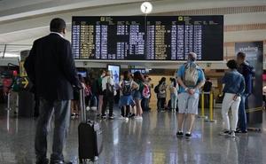 Nuevos paros hoy del personal del servicio de tierra de Iberia en el aeropuerto de Loiu