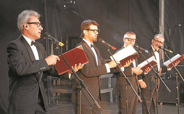 Voces. Golden Apple Quartet, en una representación de su espectáculo 'Gran Selección'. / TXEMA VALLÉS