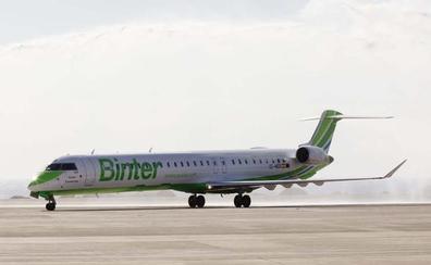 El aeropuerto de Noáin tendrá vuelos directos a Canarias a partir de octubre